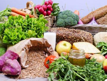 Chuyên gia mách bạn chế độ dinh dưỡng tăng cường đề kháng, chống chọi với đại dịch_5ea25ad392e2e.jpeg