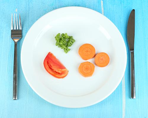 """Rèn dạ dày """"ăn ít"""" có giúp giảm béo?"""